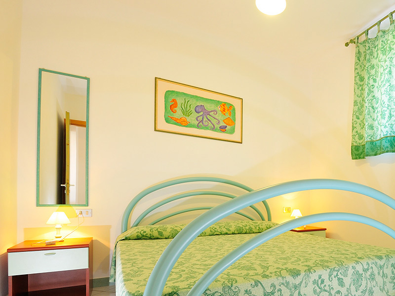 Appartamenti bilocali monte oro santa maria navarrese for Appartamenti con una camera da letto con garage annesso